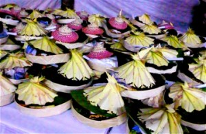 "Food prepared ""Balinese offering style"" on biodegradeable platters"