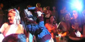 Rocky Dawuni moves his performance into the crowd